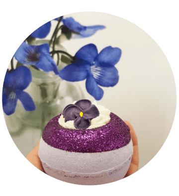 V for Violet - Boule de Bain Bomb Cosmetics - 2