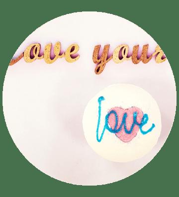 All You Need is Love - Boule de Bain Bomb Cosmetics - 2